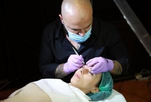 tatuaj-sprancene-microblading-machiaj-semipermanent
